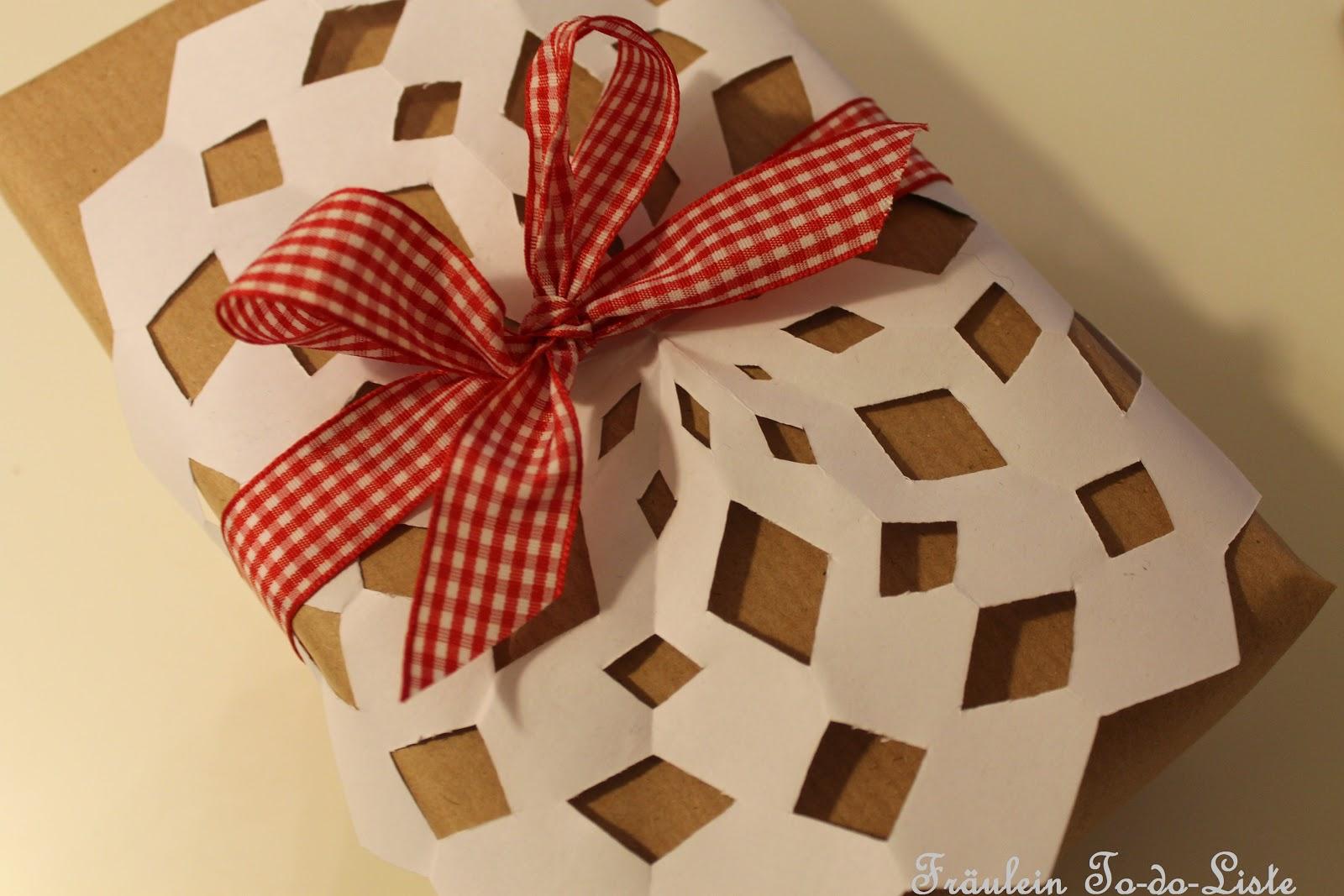 fr ulein to do liste geschenke einpacken und gewinner. Black Bedroom Furniture Sets. Home Design Ideas