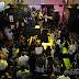 """EL BACHATÚ SE """"ENTRA"""" A HARD ROCK CAFÉ EN EL BOLSILLO CHIQUITO DE SU PANTALON"""