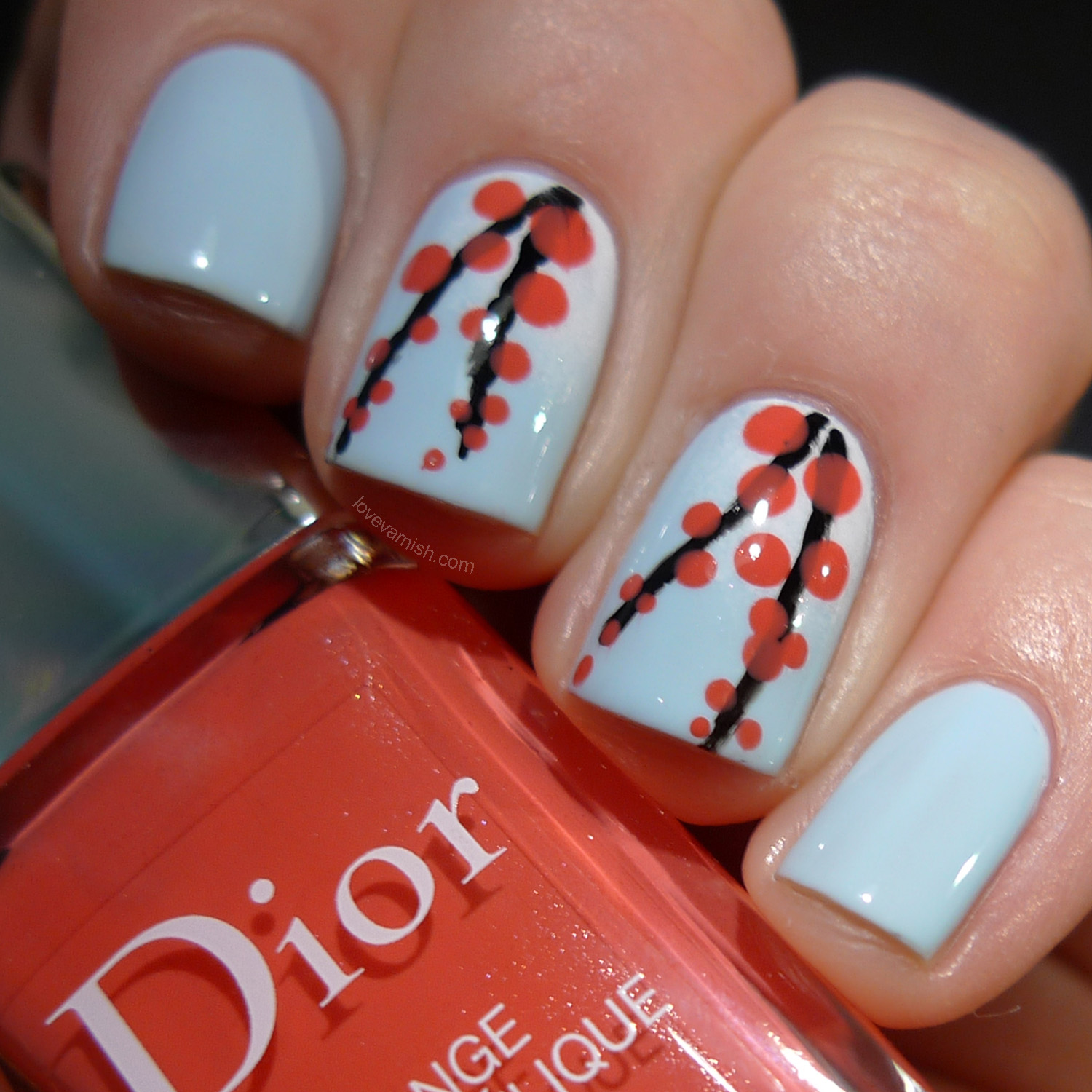 Dior Porcelaine and Dior Psychédélique nail art
