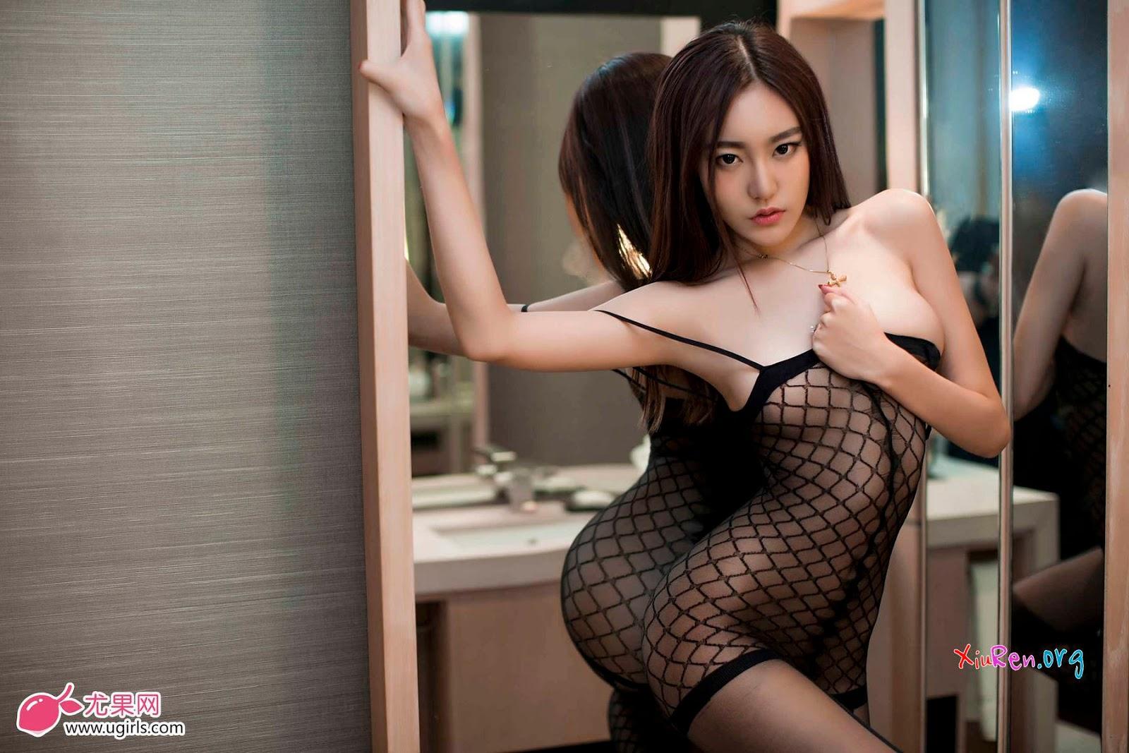 Ảnh gái đẹp HD mình dây ngực khủng bố 6