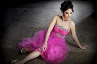 Nikesha Patel Cute Beauty Portfolio Pics Glamoros Picture Shoot