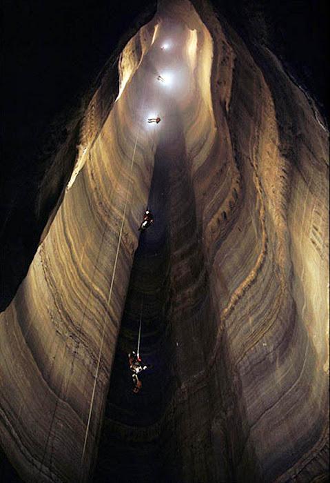 Caverna mais profunda do mundo