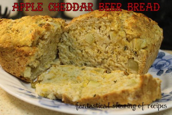 Apple Cheddar Beer Bread - bite of apple, goodness of cheese, plus a little beer! #bread #recipe #beer