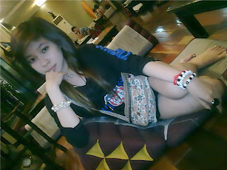 Viiriya NatahYa facebook girls