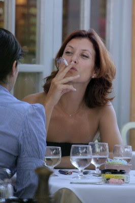 Famous female celebrity smokers
