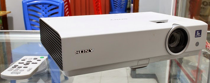 harga Jual Proyektor 2nd Sony VPL-DX122