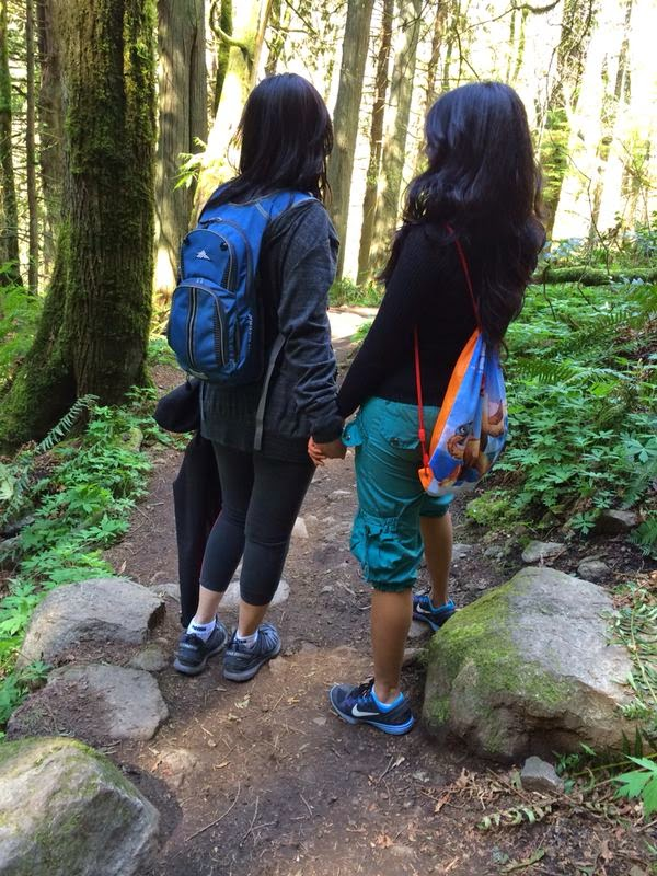 Poo Poo Point, Poo Poo point WA Usa, girls hiking, Settle Indian events, Indian ladies group in Washington, Beautiful memories , Pratidwani seattle