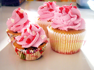 Cupcakes_Strawberries_Marta_Madaleine_Cupcakery