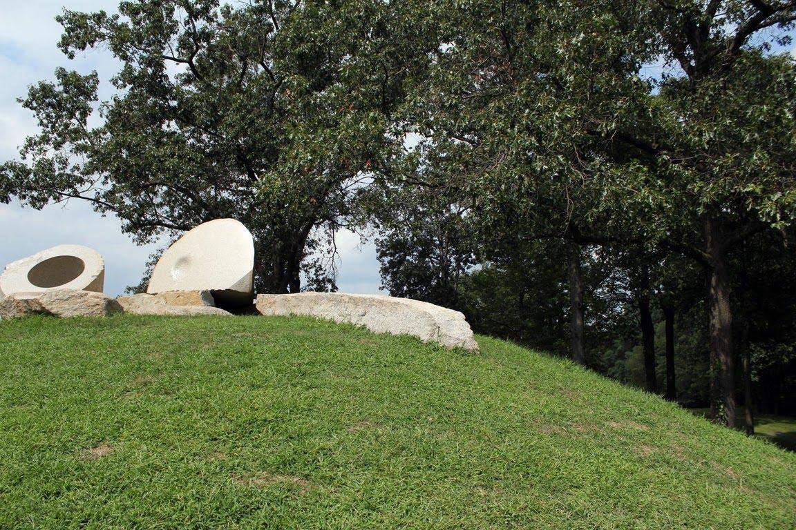 Modernist Sculpture Garden   modern design by moderndesign.org for Isamu Noguchi Sculpture Garden  181pct