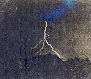 İlk Yıldırım Fotoğrafı