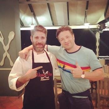 O Jamie Oliver στην Ικαρία: Για ποιό λόγο βρέθηκε ο διάσημος σεφ στο νησι;