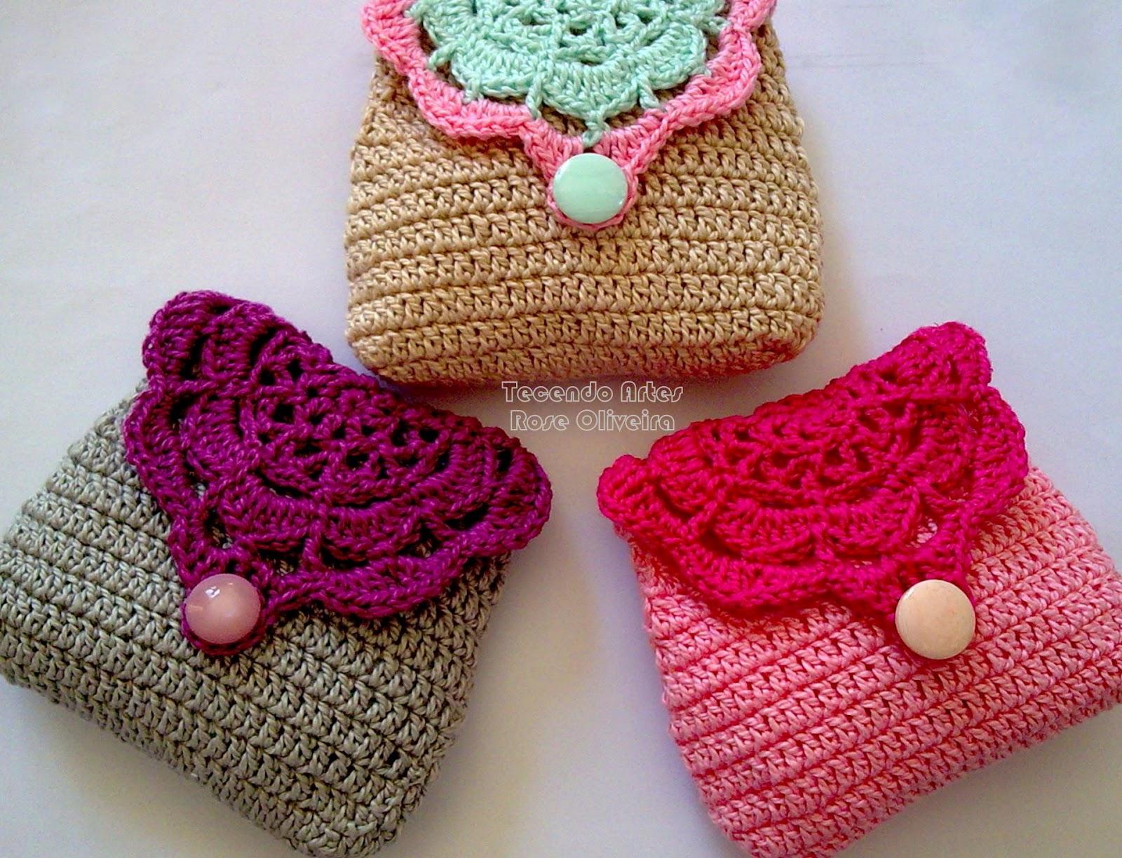 Free Crochet Patterns For Small Bags : Tecendo Artes em Crochet: Porta Moedas RetrO Coloridas ...