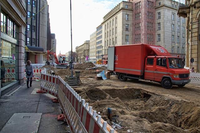 Baustelle Invalidenstraße / Chausseestraße, Strassenbauarbeiten, 10115 Berlin, 06.02.2014