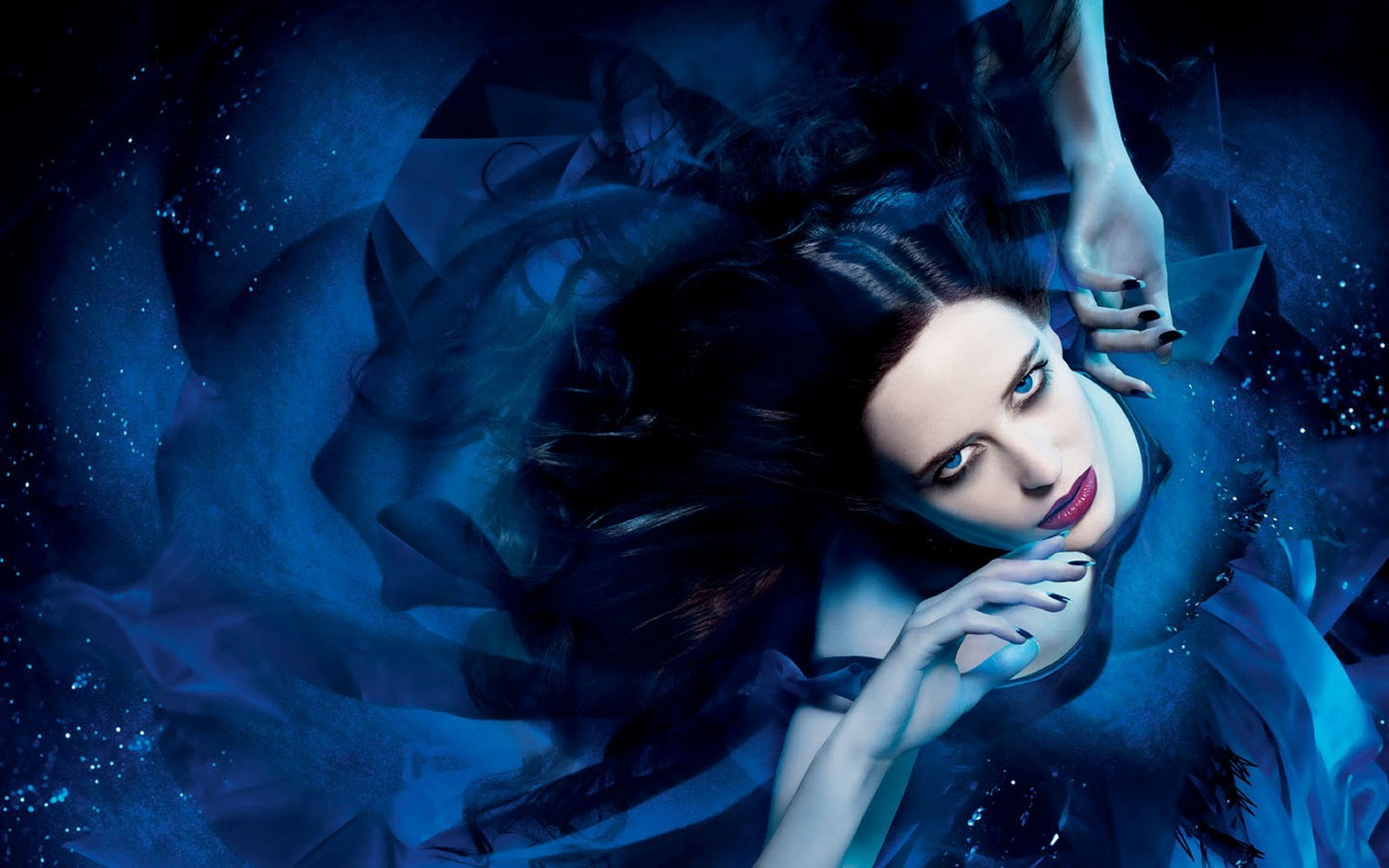 Eva Green Wallpapers, Photos, Pictures and Images ... Christina Ricci Perfume