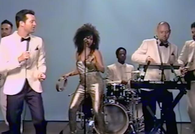 SOTD: Tuxedo - R U Ready | Offizielles Musikvideo im 80er Style