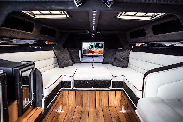 London Motor Group first powerboat customisation: Project Noire interior