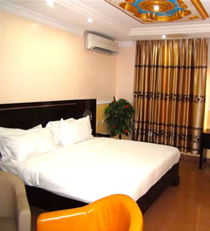 Carat24 Business Hotels Classic Room