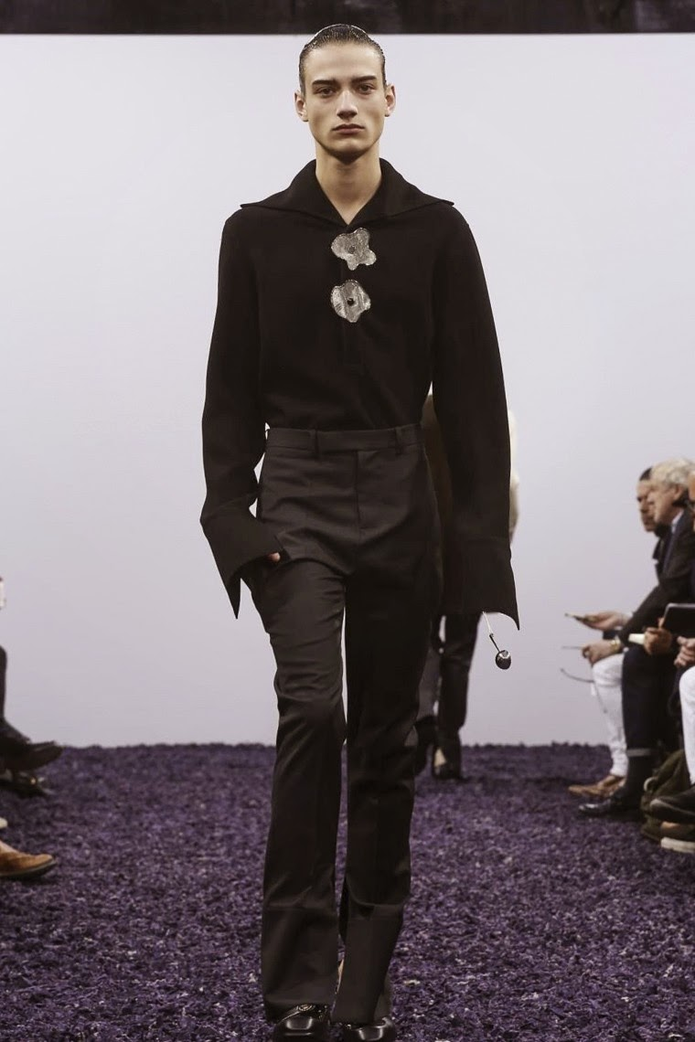 JW Anderson AW15, JW Anderson FW15, JW Anderson Fall Winter 2015, JW Anderson Autumn Winter 2015, JW Anderson, du dessin aux podiums, dudessinauxpodiums, J W Anderson, LCM, London Collections Men, mode homme, menswear, habits, prêt-à-porter, tendance fashion, blog mode homme, magazine mode homme, site mode homme, conseil mode homme, doudoune homme, veste homme, chemise homme, vintage look, dress to impress, dress for less, boho, unique vintage, alloy clothing, venus clothing, la moda, spring trends, tendance, tendance de mode, blog de mode, fashion blog,  blog mode, mode paris, paris mode, fashion news, designer, fashion designer, moda in pelle, ross dress for less, fashion magazines, fashion blogs, mode a toi, revista de moda, vintage, vintage definition, vintage retro, top fashion, suits online, blog de moda, blog moda, ropa, blogs de moda, fashion tops, vetement tendance, fashion week, London Fashion Week