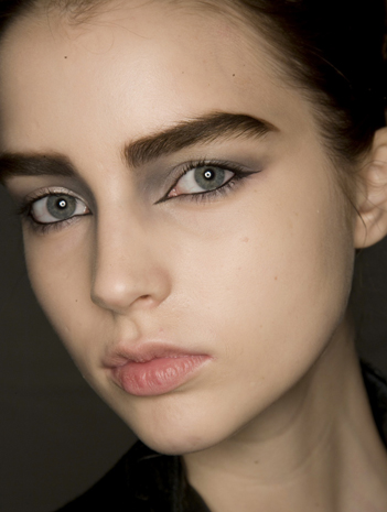 how to fix straight across eyebrows