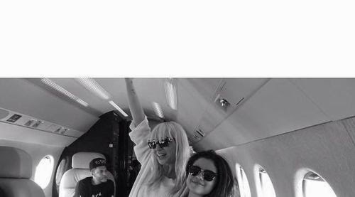 Flying high with hit-Garant | Caught! Is Selena Gomez with her a song?