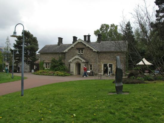 Edificio-de-entrada