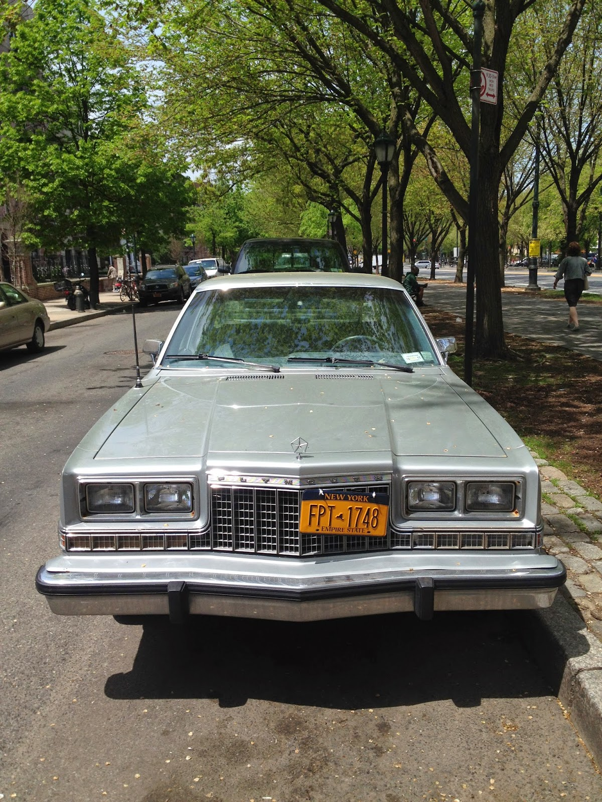 NYC Hoopties - Whips Rides Buckets Junkers and Clunkers: Stop! You ...