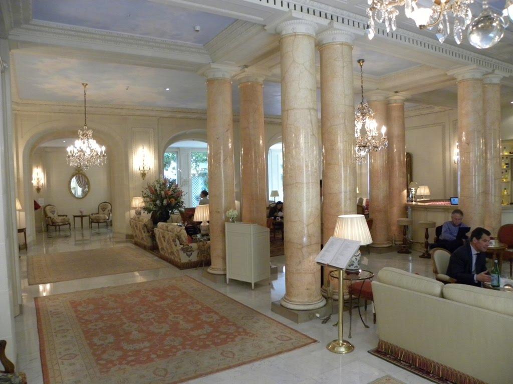 Travels ballroom dancing amusement parks the bristol for Hotel interieur