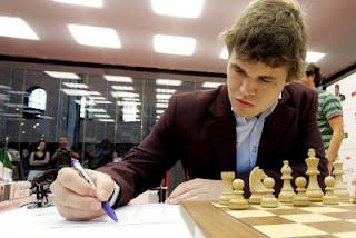 Echecs & classement : Magnus Carlsen casse le record de Kasparov