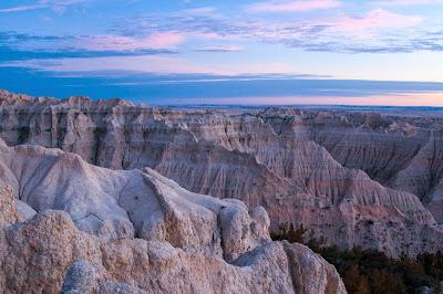 Badlands National Park: Pinnacles Overlook Sunset
