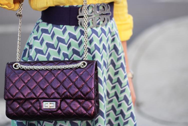 chanel metallic reissue 225 classic flap silver chain purse accessory handbag