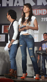 Manjari Phadnis Pictures in Jeans at Warning Movie Promotion ~ Celebs Next