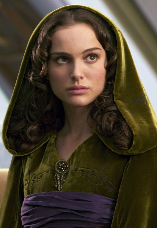 Sensational Make Up In Film Star Wars Barefoot Girl Hairstyle Inspiration Daily Dogsangcom