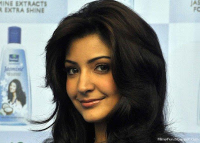 Anushka Sharma beautiful face