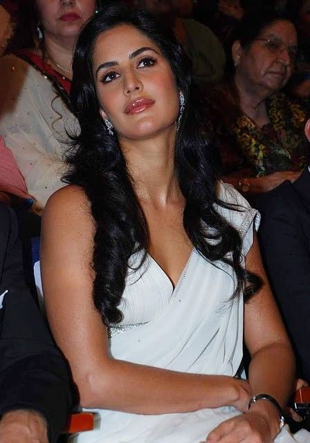 Bollywood Actress Katrina Kaif White Saree Stills Photogallery unseen pics