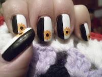 manicura blanca y negra