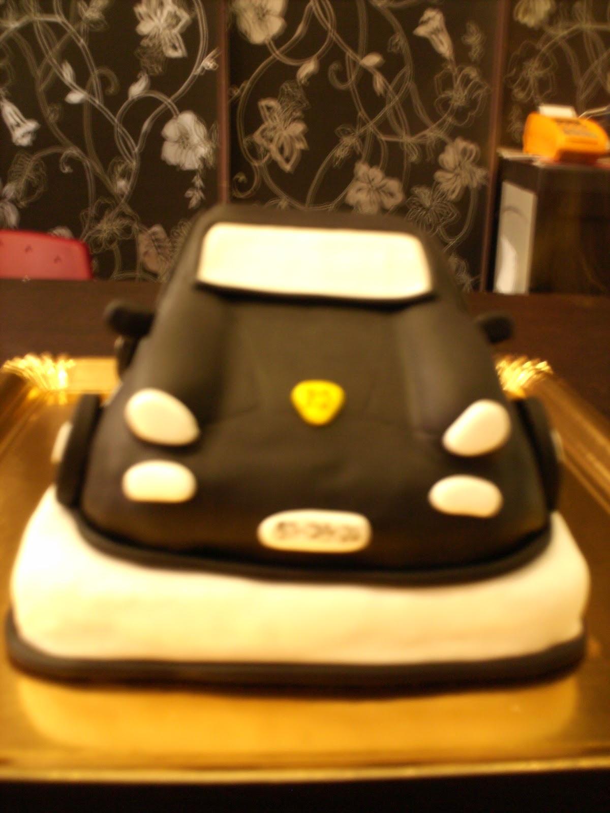 Atelier Cake Design: Bolo carro