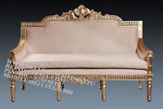 Jual mebel jepara,mebel ukir jati jepara,sofa jati jepara furniture mebel ukir jati jepara jual sofa tamu set ukir sofa tamu klasik set sofa tamu jati jepara sofa tamu antik sofa jepara mebel jati ukiran jepara SFTM-55038 Sofa Mawar Jati emas
