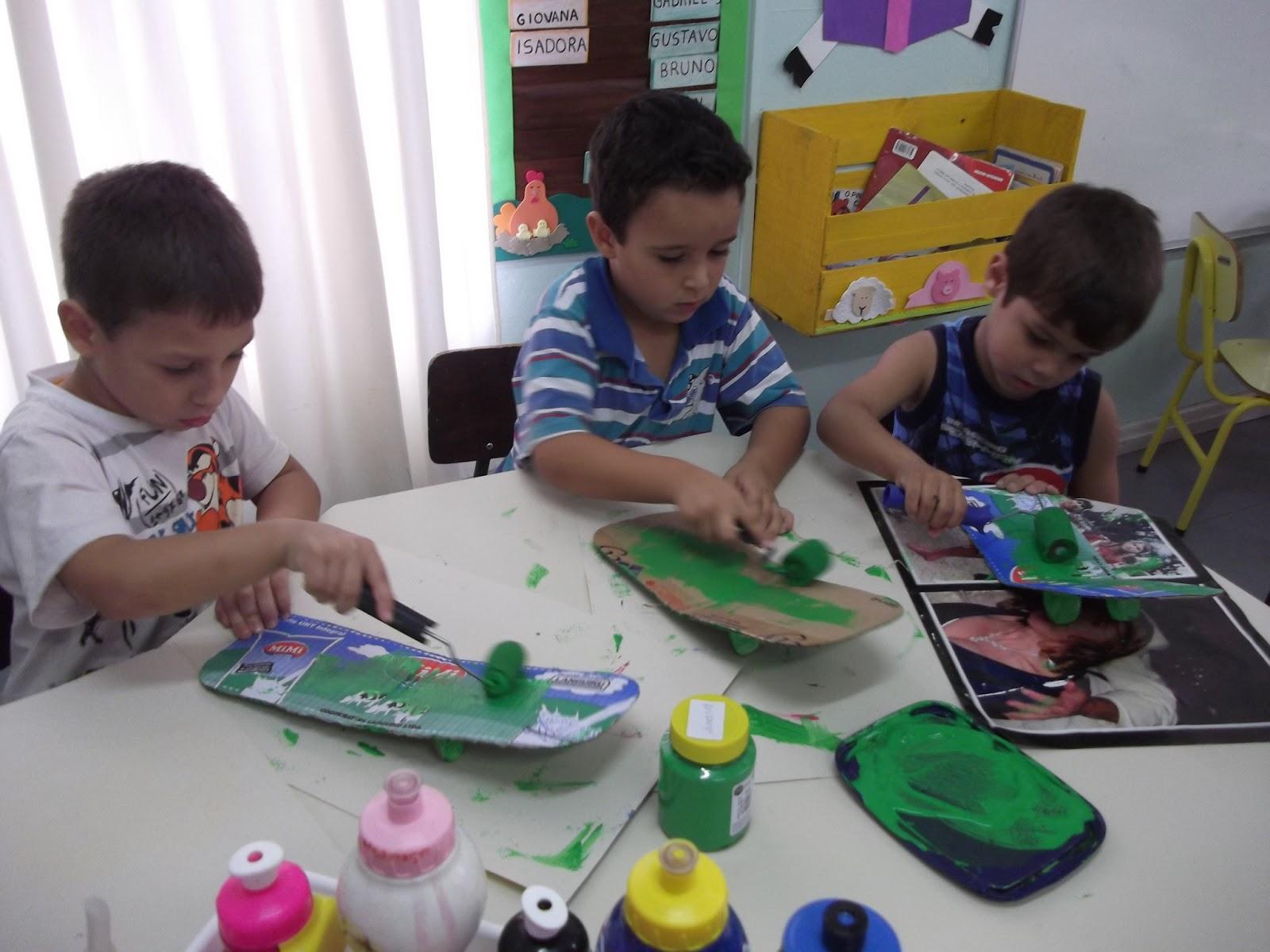 Construindo saberes na Educação Infantil: Projeto Sítio do Pica pau  #246B3F 1600 1200