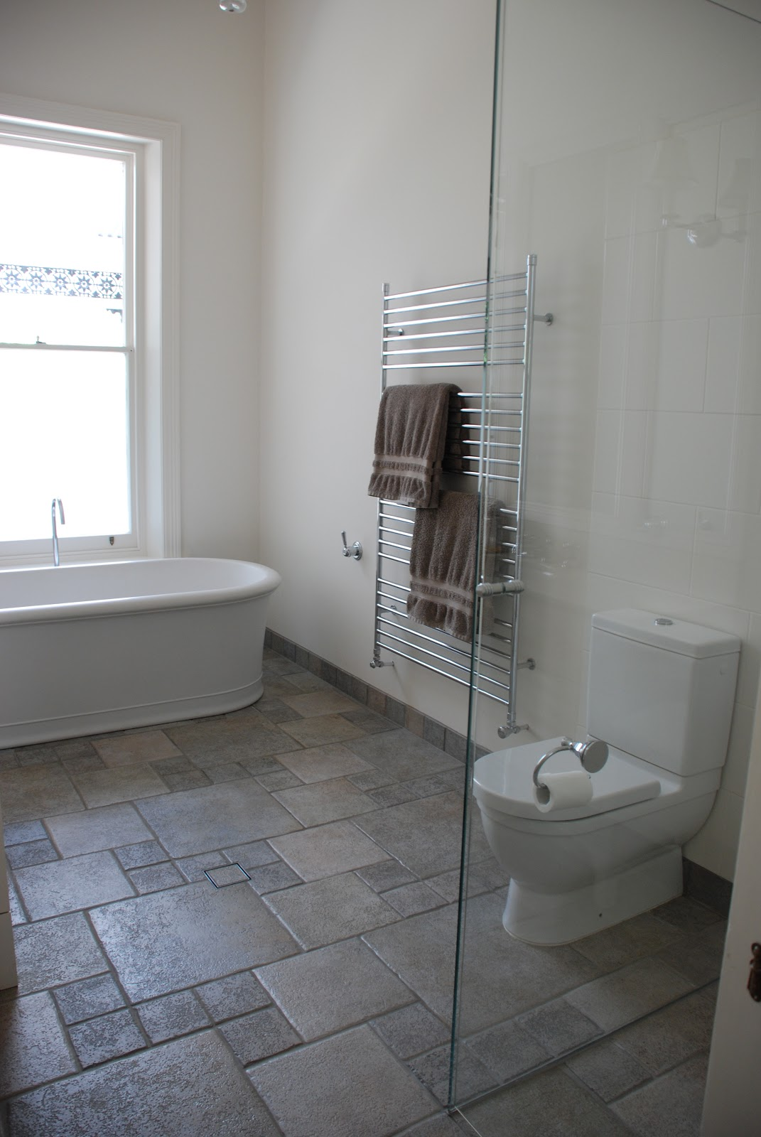 Adelaide villa before and after family bathroom for Bathroom ideas adelaide