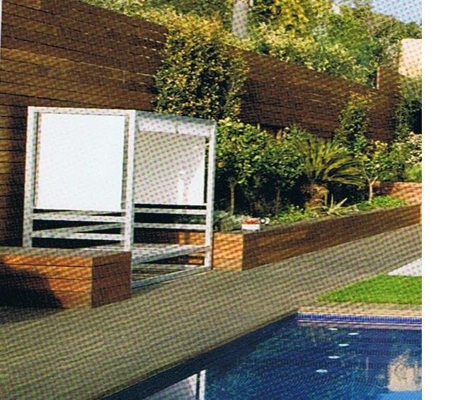 """cerca jardim madeiraEste conceito de casa em """"L"""", virada para um"""