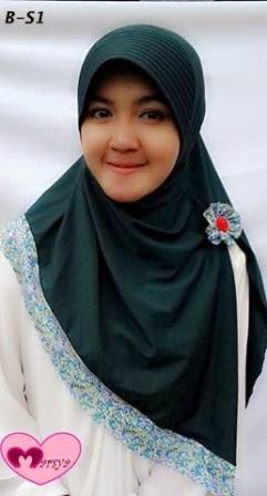 jilbab bergo kombinasi motif