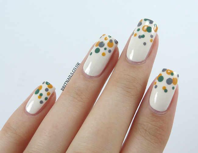 Dotty For Retro Nail Art Tutorial
