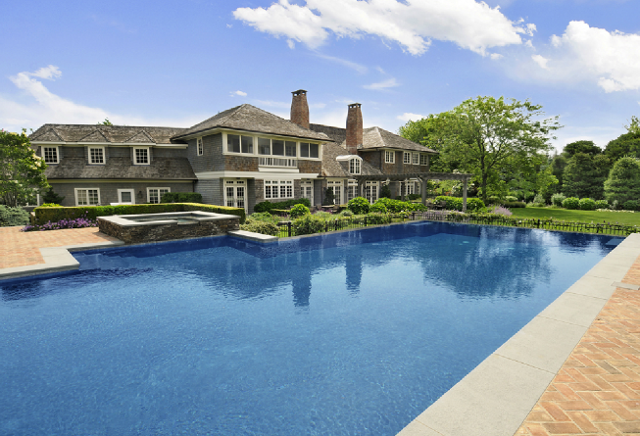New home interior design hamptons shingle style home for Pool design hamptons