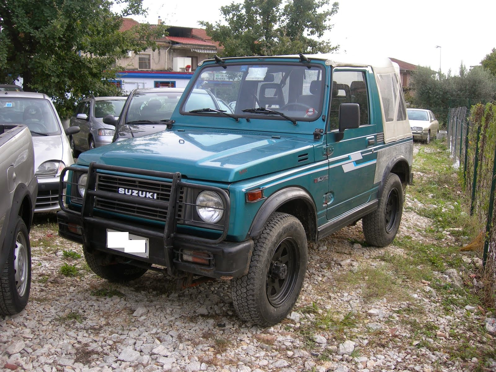 Suzuki Santana 1.3 Benzina 4x4 Cabrio anno 87 4x4 2.800,00 Euro