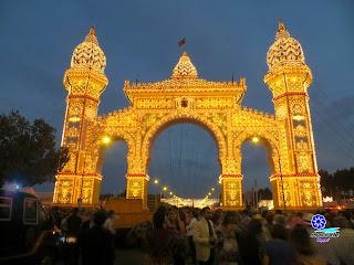 Feria de Sevilla 2014 La Portada iluminada