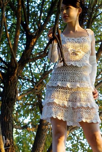 http://2.bp.blogspot.com/-JJ3BP5Bq5iQ/Tjc3qxCLHTI/AAAAAAAAA3Q/oRB3fqRsTMo/s1600/vestidobabados.jpg