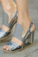 Средно високи сандали с дървен ток на Thakoon