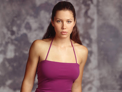 Jessica Biel Sweet Wallpaper-1600x1200-07