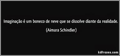 UM BONECO DE NEVE