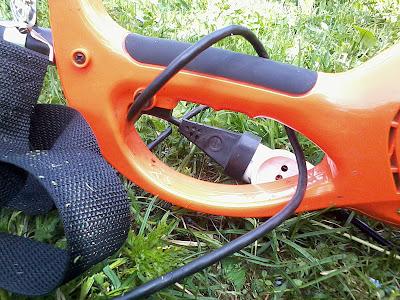 Carver 1400 TR - электрический триммер, переносная газонокосилка для огорода, участка и дачи